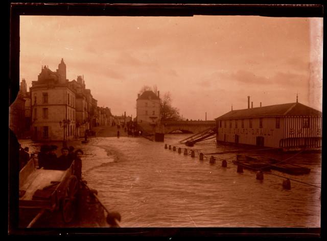 Inondation Bâteau